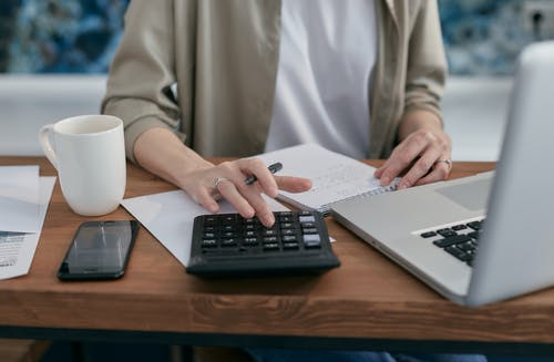 Debt collection services: the ultimate benefits to any business