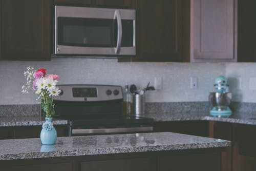 Things to keep in mind before installing a kitchen countertop